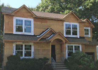 Foreclosed Home in Glen Rock 07452 MIDWOOD RD - Property ID: 4451938834