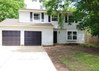 Foreclosed Home in Newport News 23608 MICHAEL IRVIN DR - Property ID: 4451962926