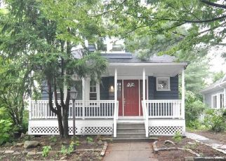 Foreclosed Home in Providence 02908 RIVER AVE - Property ID: 4452012397