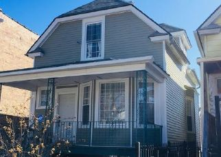 Foreclosed Home in Chicago 60651 N LAWLER AVE - Property ID: 4452013276