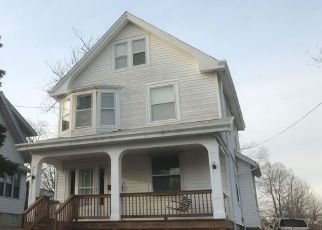 Foreclosed Home in Cincinnati 45211 MEADOW AVE - Property ID: 4452202933