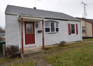 Foreclosed Home in New Castle 47362 FAIRMONT AVE - Property ID: 4452204227