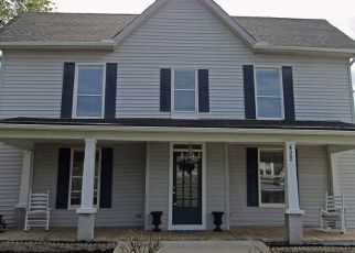 Foreclosed Home in Morristown 37814 E 4TH NORTH ST - Property ID: 4452210817