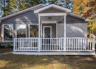 Foreclosed Home in Fayetteville 28303 PAMALEE DR - Property ID: 4452325106