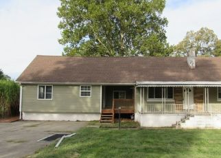 Foreclosed Home in Cincinnati 45231 BEECH DR - Property ID: 4452384237