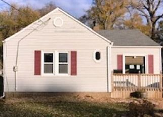 Foreclosed Home in Des Moines 50316 E 8TH ST - Property ID: 4452430674