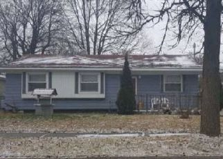 Foreclosed Home in Lansing 48911 WAINWRIGHT AVE - Property ID: 4452468330
