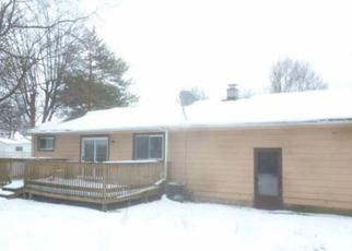 Foreclosed Home in Saginaw 48601 AKRON ST - Property ID: 4452533145