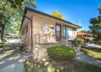 Foreclosed Home in Dolton 60419 E 146TH ST - Property ID: 4452752130