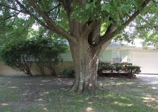 Foreclosed Home in Saginaw 48609 DANNY DR - Property ID: 4452794175