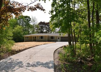Foreclosed Home in Menomonee Falls 53051 OAKWOOD DR - Property ID: 4452835804