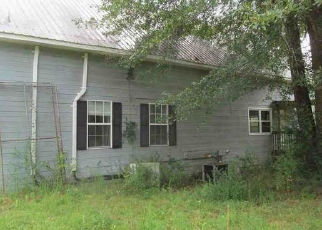 Foreclosed Home in Mount Olive 35117 POWDER MILL RD - Property ID: 4452895360