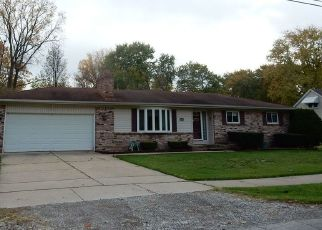 Foreclosed Home in Taylor 48180 KENSINGTON ST - Property ID: 4452950547