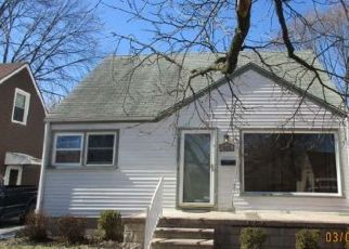 Foreclosed Home in Redford 48240 GAYLORD - Property ID: 4452951418