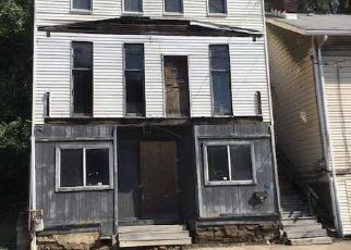Foreclosed Home in Belle Vernon 15012 MAIN ST - Property ID: 4453103394