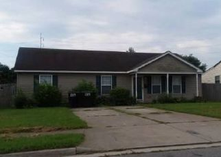 Foreclosed Home in Portsmouth 23704 WIRT AVE - Property ID: 4453120927