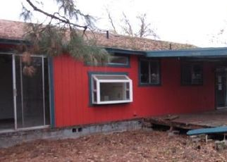Foreclosed Home in Medford 97501 JEANETTE AVE - Property ID: 4453150704