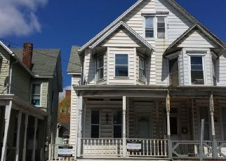 Foreclosed Home in Harrisburg 17113 PINE ST - Property ID: 4453165145