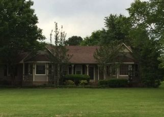 Foreclosed Home in Killen 35645 COUNTY ROAD 442 - Property ID: 4453185746