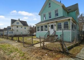 Foreclosed Home in Bridgeport 06607 CARROLL AVE - Property ID: 4453272903