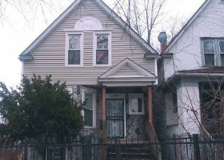 Foreclosed Home in Chicago 60651 W IOWA ST - Property ID: 4453324131