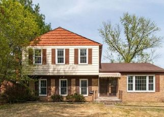 Foreclosed Home in District Heights 20747 IRON FORGE RD - Property ID: 4453374957