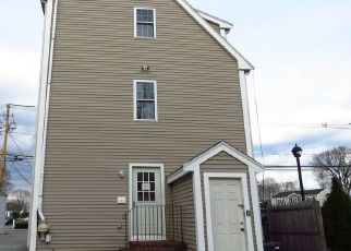 Foreclosed Home in Whitman 02382 SOUTH AVE - Property ID: 4453392907