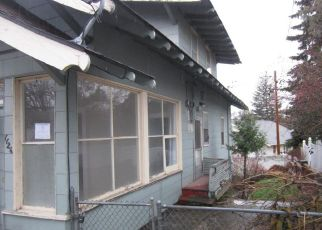 Foreclosed Home in Klamath Falls 97601 MONCLAIRE ST - Property ID: 4453403407