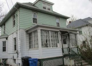 Foreclosed Home in Hartford 06114 BLISS ST - Property ID: 4453429694