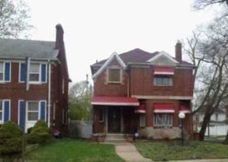 Foreclosed Home in Detroit 48221 ROSELAWN ST - Property ID: 4453452908