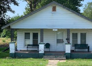 Foreclosed Home in Okmulgee 74447 GUN CLUB RD - Property ID: 4453639477