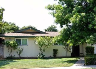 Foreclosed Home in Fresno 93704 W STUART AVE - Property ID: 4453647807