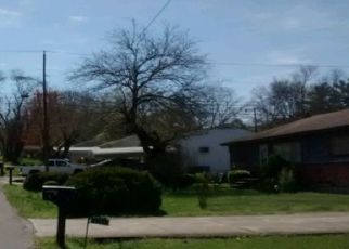 Foreclosed Home in Chattanooga 37411 CAMBRIDGE DR - Property ID: 4453814223