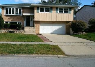 Foreclosed Home in Tinley Park 60477 165TH ST - Property ID: 4453823875
