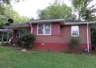 Foreclosed Home in Nashville 37207 WHITES CREEK PIKE - Property ID: 4453943875