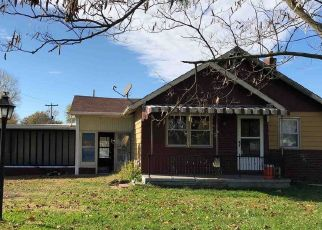 Foreclosed Home in Oakland City 47660 E 250 S - Property ID: 4453990739