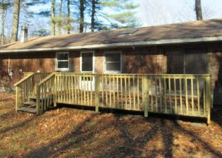 Foreclosed Home in New Paltz 12561 MARTINS LN - Property ID: 4454036277