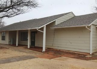 Foreclosed Home in Oklahoma City 73120 INDIAN CREEK BLVD - Property ID: 4454073962