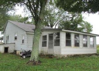 Foreclosed Home in Summertown 38483 BUFFALO RD - Property ID: 4454082715