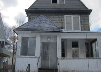 Foreclosed Home in North Adams 01247 CLEVELAND AVE - Property ID: 4454142269