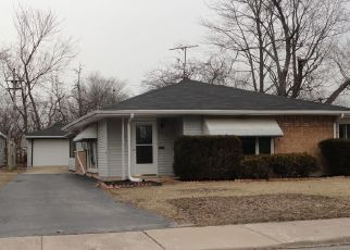 Foreclosed Home in Park Forest 60466 SANGAMON ST - Property ID: 4454150593
