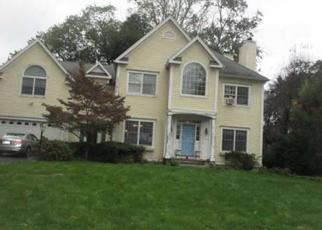 Foreclosed Home in Darien 06820 PLEASANT ST - Property ID: 4454160671