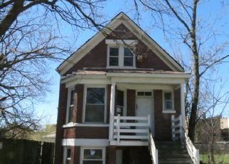 Foreclosed Home in Chicago 60636 S OAKLEY AVE - Property ID: 4454227682