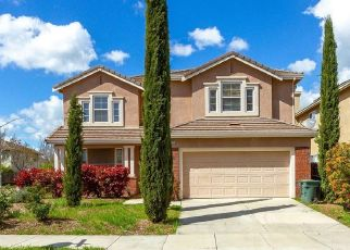 Foreclosed Home in Tracy 95377 OAKRIDGE DR - Property ID: 4454243890