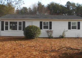Foreclosed Home in Danville 24540 ROBIN HOOD DR - Property ID: 4454289881