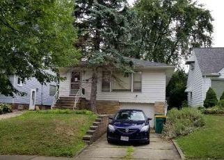 Foreclosed Home in Maple Heights 44137 KENYON DR - Property ID: 4454308707