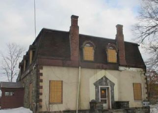 Foreclosed Home in Pompton Lakes 07442 PERRIN AVE - Property ID: 4454324918