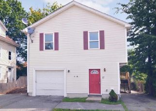 Foreclosed Home in Providence 02908 HOME AVE - Property ID: 4454325791