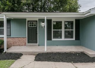 Foreclosed Home in Rochester 14606 CROSS GATES RD - Property ID: 4454369581