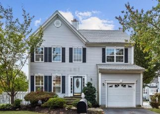 Foreclosed Home in Kendall Park 08824 VILLANOVA DR - Property ID: 4454406366